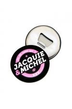 Magnet décapsuleur J&M : A la fois un objet déco aimanté aux couleurs de Jacquie & Michel d'un côté et un décapsuleur magnétique de l'autre.