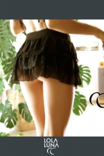 Mini jupe Lola : Mini jupe à volants de tulle et de dentelle, une élégance toujours sensuelle.